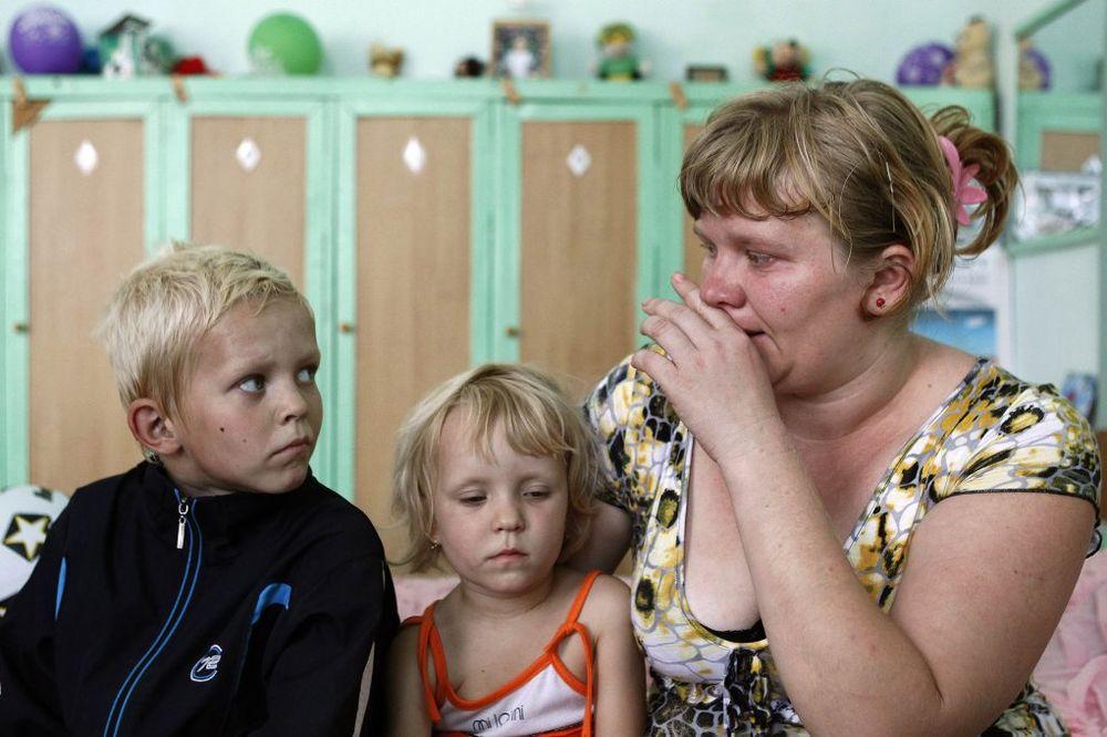 UNHCR:730.000 ljudi pobeglo iz Ukrajine u Rusiju zbog sukoba