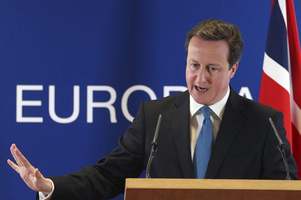 Britanija pritiska EU da izbaci Rusiju iz glavnog bankarskog sistema!
