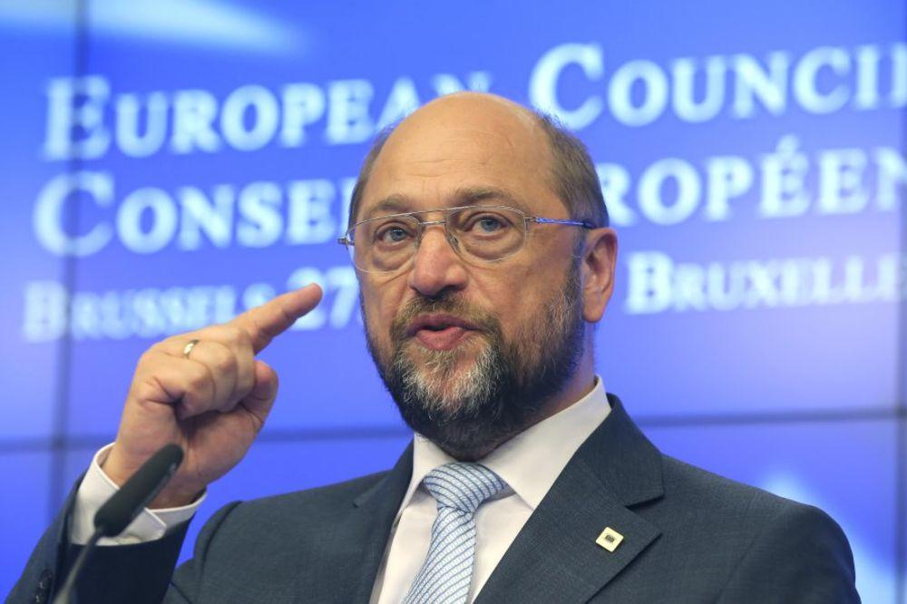 MARTIN ŠULC: Grčka mora da uvede drugu valutu ako pobedi NE