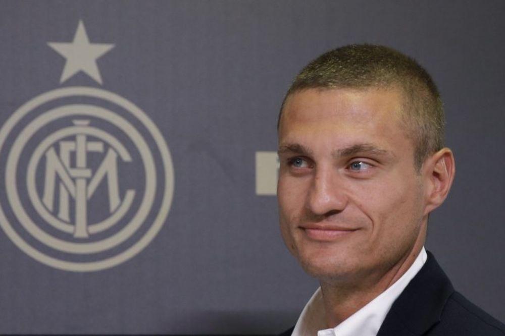 Inter: Vidić je primer za dobar transfer, besplatan, a dobar