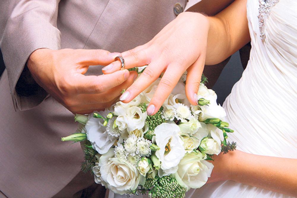 IZNENADIĆETE SE: 12 razloga zbog kojih vam puca brak!