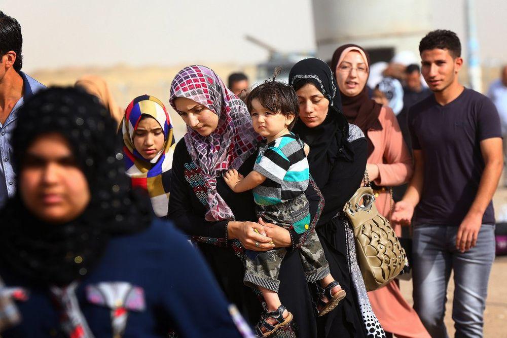 DEPORTOVANI: Austrija vratila u Italiju voz pun izbeglica iz Sirije!