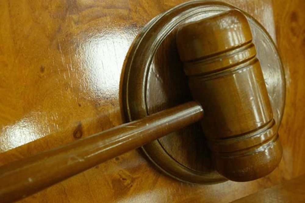 Sudije mogu da obavljaju notarske poslove i bez ispita!