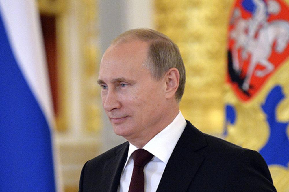 BIVŠI AMERIČKI AMBASADOR: Bregzit je velika pobeda Vladimira Putina!