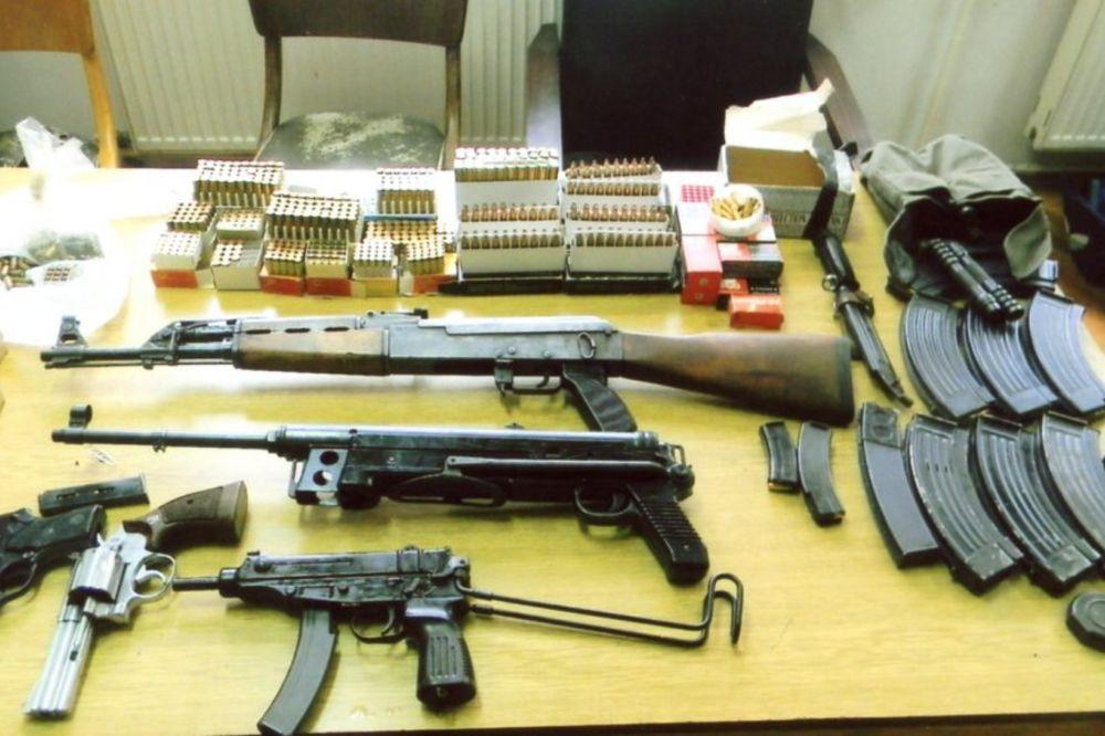 Pronađen arsenal oružja u vozu Beograd-Sofija