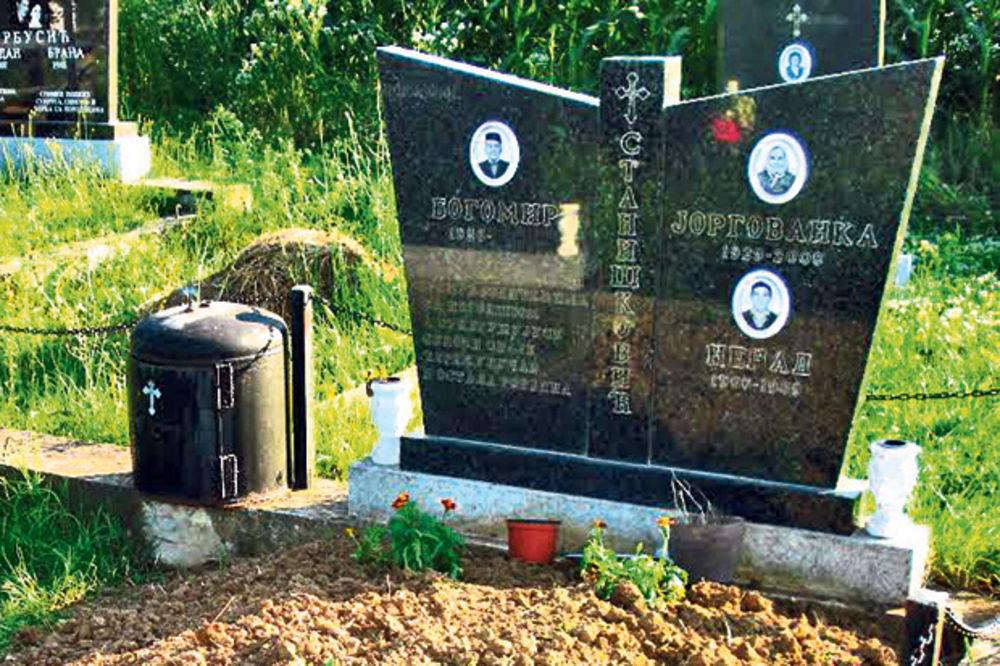 PORODIČNA TRAGEDIJA: Izrešetao brata nakon svađe na grobu roditelja!