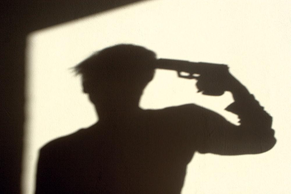 Teorije zavere  - Page 3 Samoubistvo-pistolj-ilustracija-foto-thinkstock-1405369920-534717