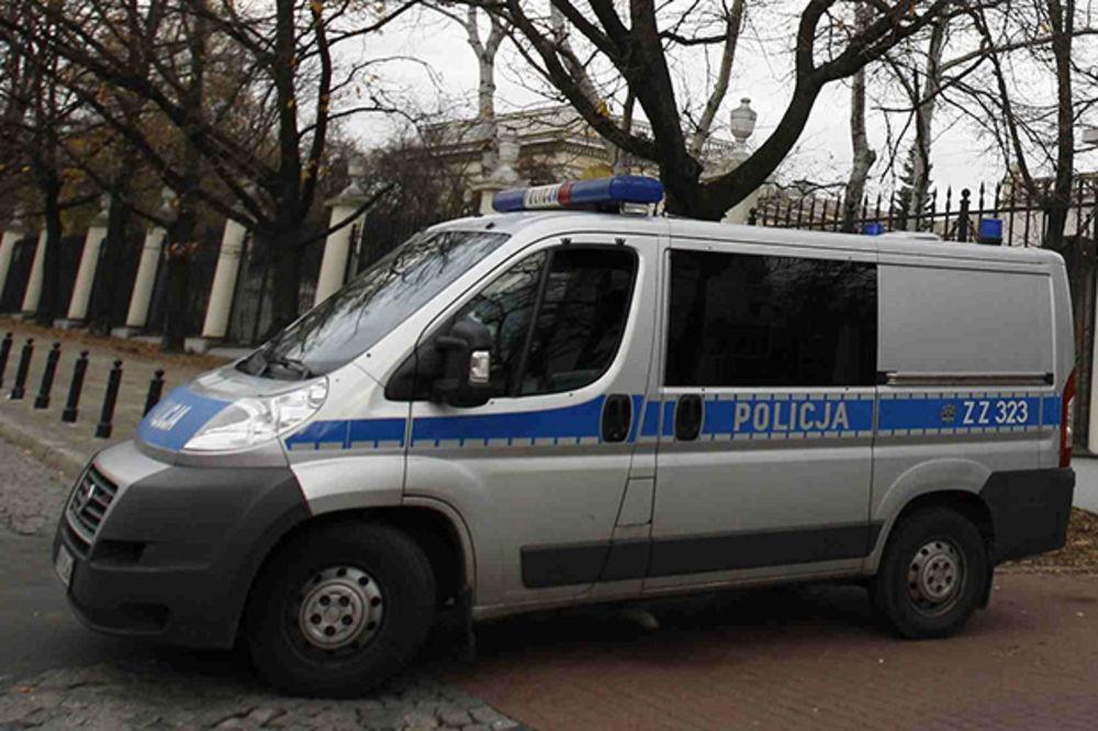 VIDELA OD KOPILOTA LUBICA: Poljakinja vozaču autobusa pokušala da otme volan pri 110 na sat