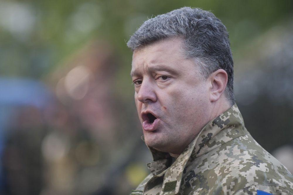 POROŠENKO: Ruske snage izvršile invaziju, Rusija demantuje