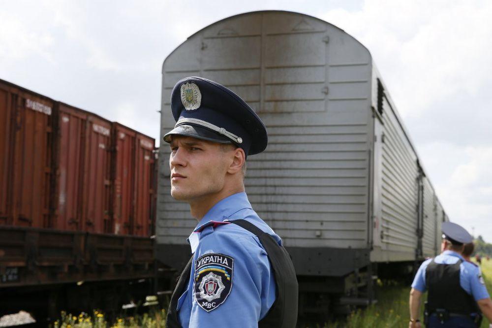 POSLEDNJE PUTOVANJE: Voz s telima putnika boinga 777 stigao u Harkov