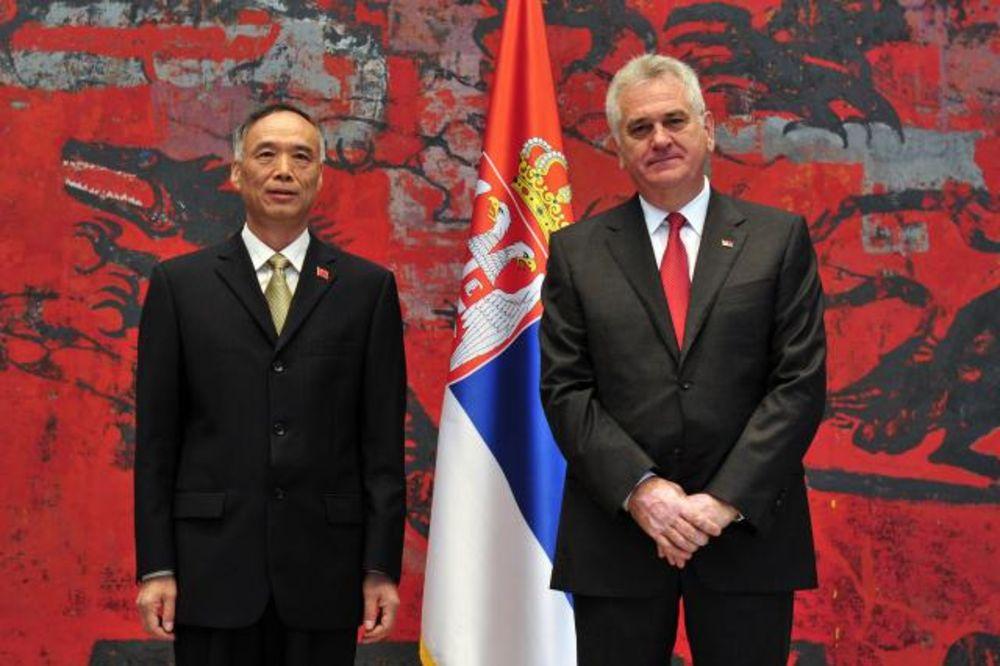 Nikolić primio akreditivno pismo novog ambasadora Kine
