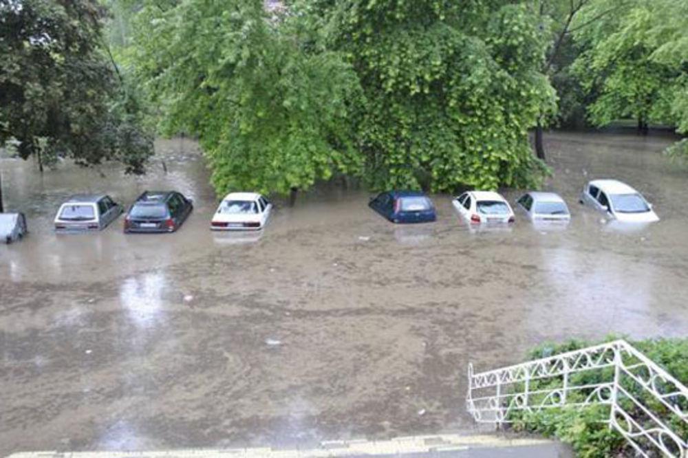 JAKO NEVREME: Kiša poplavila Bor i Valjevo!