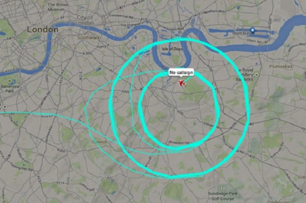 Misteriozni avion foto Twitter