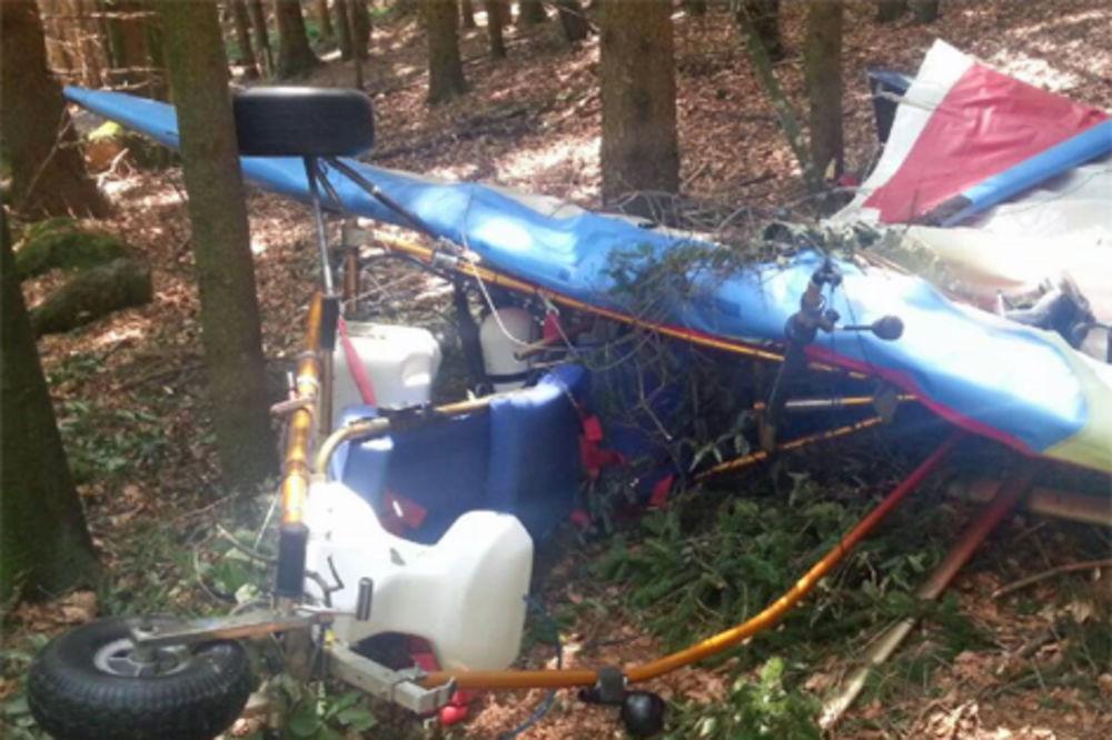 SAM BOG GA SAČUVAO: Pilotirao mrtav pijan pa se srušio u šumu!