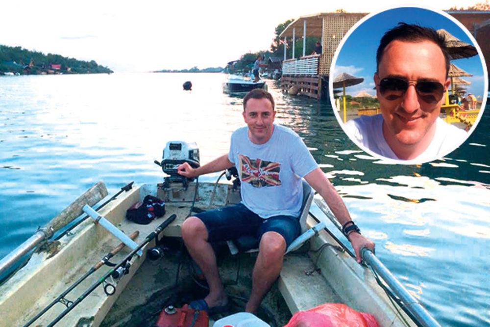 PUNI BATERIJE: Sergej Ćetković se sunča i peca ribu na Adi Bojani!
