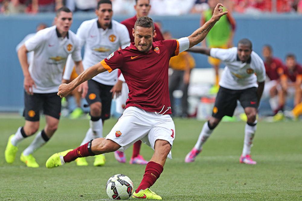 LOTO TOTI: Kapiten Rome na rođendan doneo sreću najvernijim fanovima