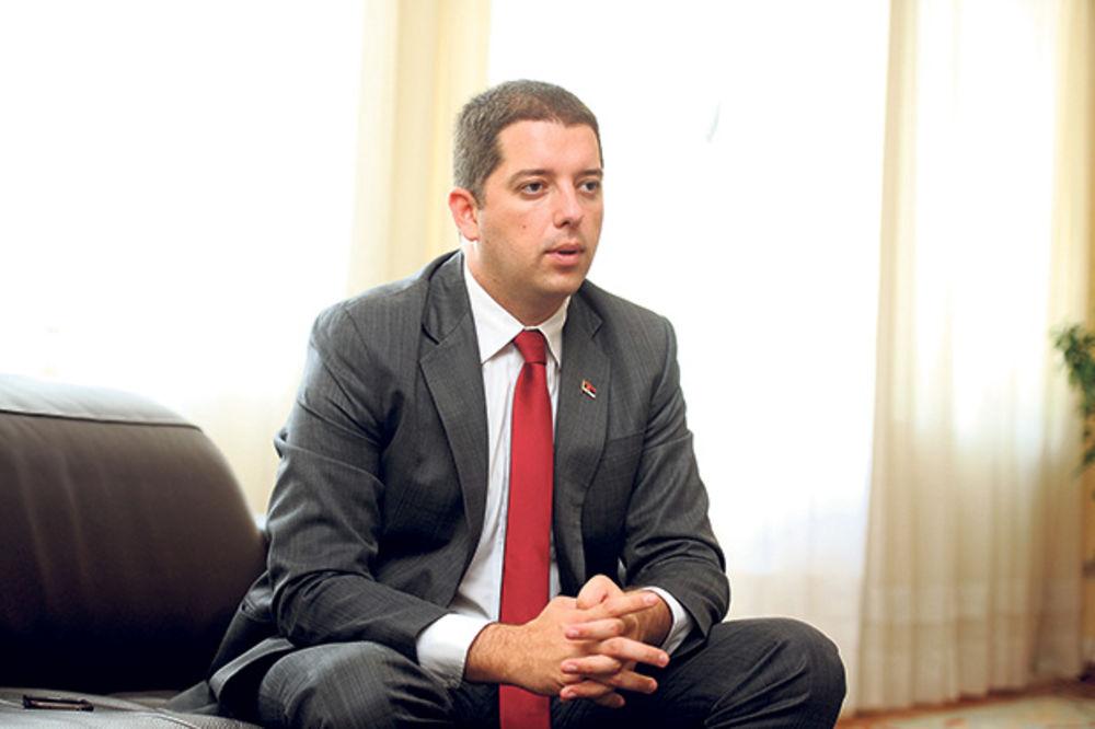 HAPŠENJE SRBA U ZUBINOM POTOKU: Đurić pozvao Euleks da sednu za sto