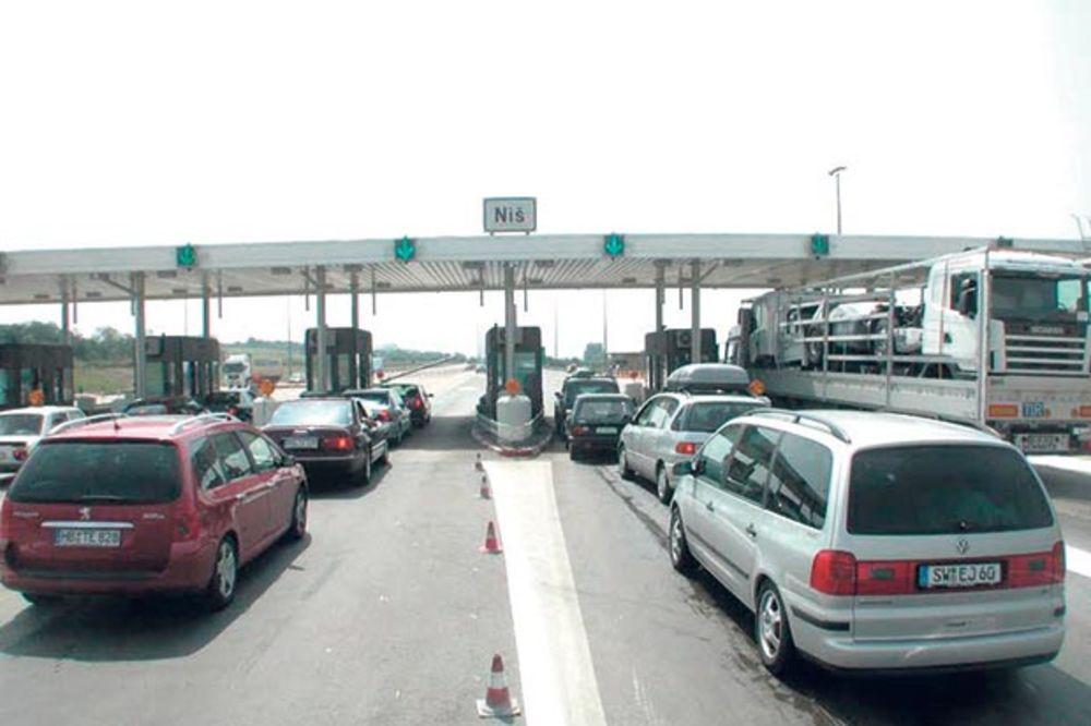 Saobraćaj pojačan na prilazu Beogradu