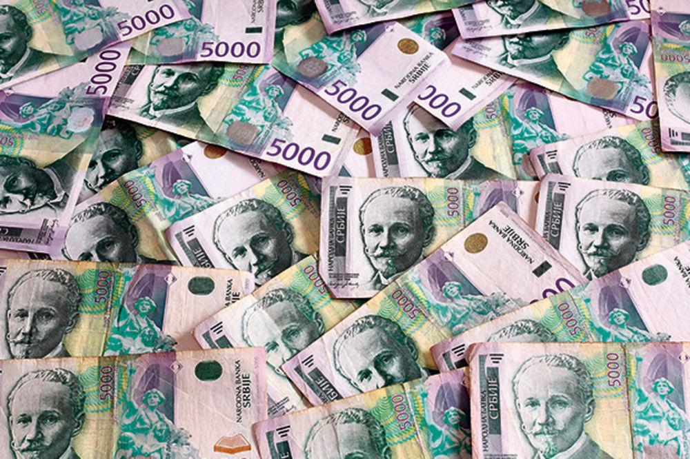 UHAPŠEN MALOLETNIK: Prodavačici zapretio replikom pištolja pa uzeo novac iz kase