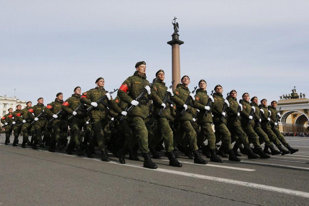 MASOVNE VOJNE VEŽBE: Rusija diže rezerviste na dodatnu obuku