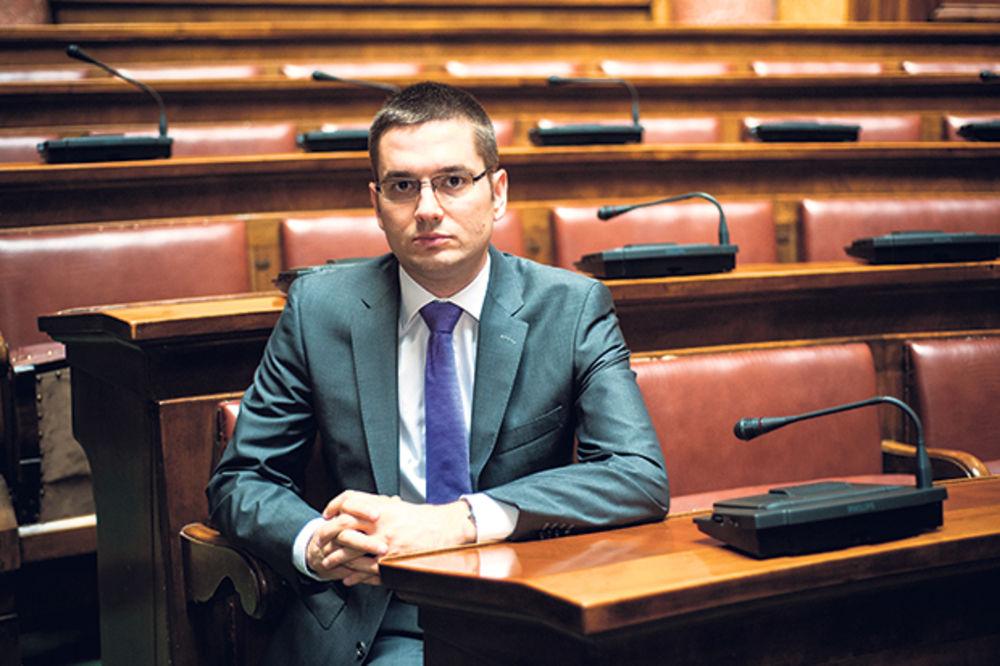 Poslaniku Aleksandru Seniću nagrada za aktivnost u Parlamentarnoj skupštini