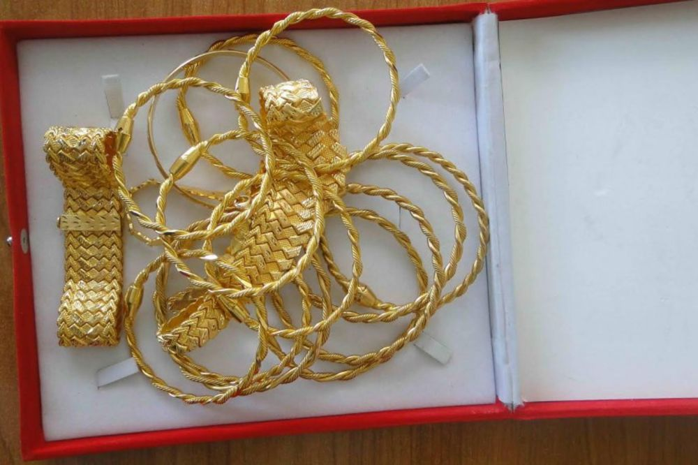 PALI PROVALNICI: Iz kuća u Bujanovcu krali zlatni i srebrni nakit!