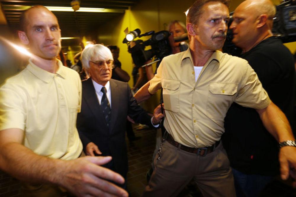 PORAVNAO SE SA SUDOM: Eklston platio 100 miliona dolara za slobodu