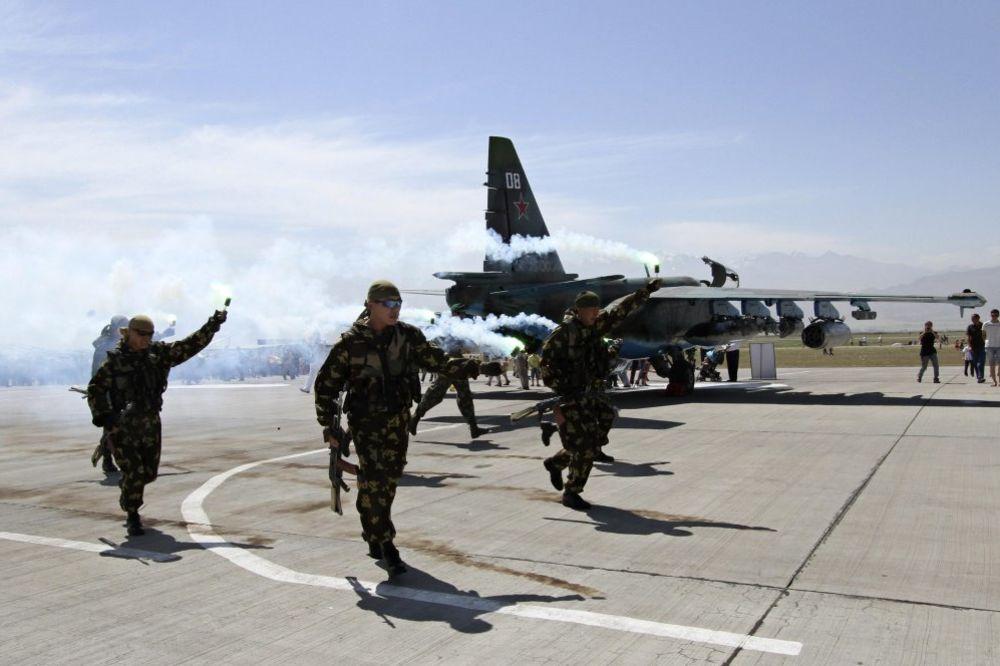 MOSKVA OJAČAVA ORUŽANE SNAGE: Rusija će duplirati broj vazduhoplovnih snaga