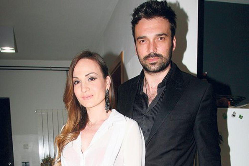 Ivan Bosiljčić i Jelena Tomašević se žestoko svađali ispred zgrade
