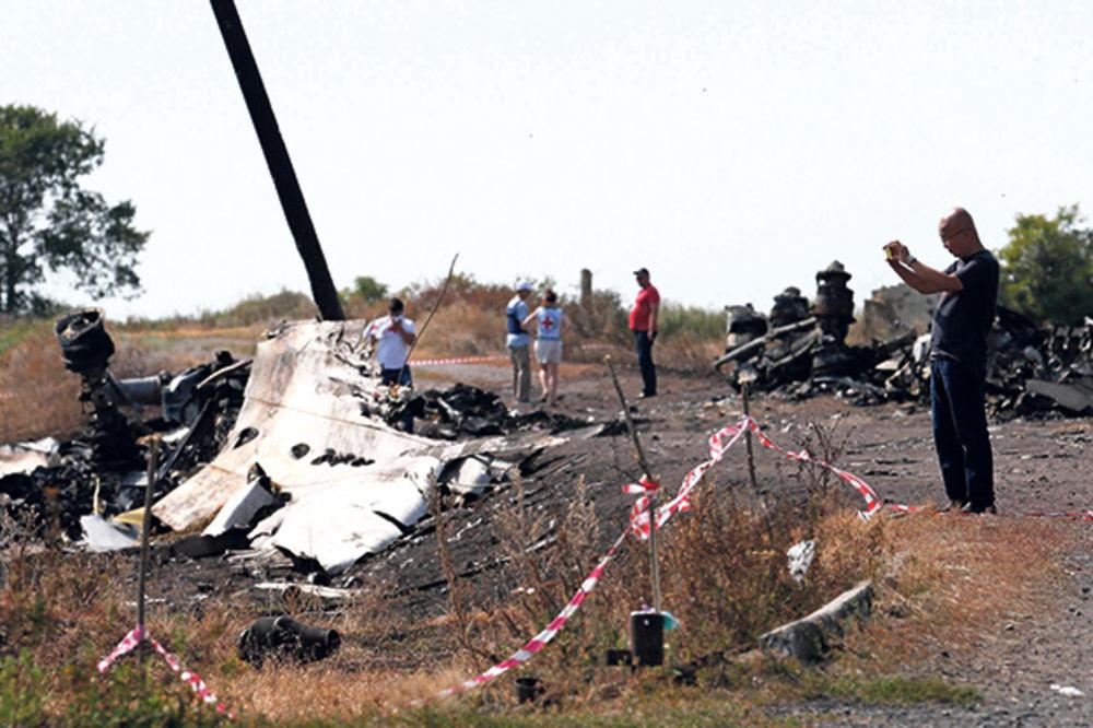 Šef ukrajinske obaveštajne službe: Ruski avion bio meta, malezijski srušen greškom?!