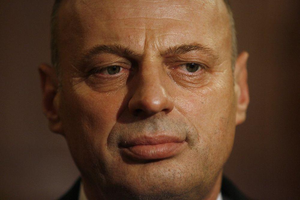 Agim Čeku preti formiranjem Vojske Kosova