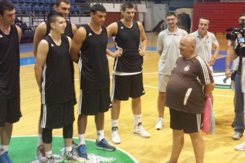 MIŠA TUMBAS PRE VUJOŠEVIĆA OZNAČIO START: Košarkaši Partizana počeli pripreme za novu sezonu