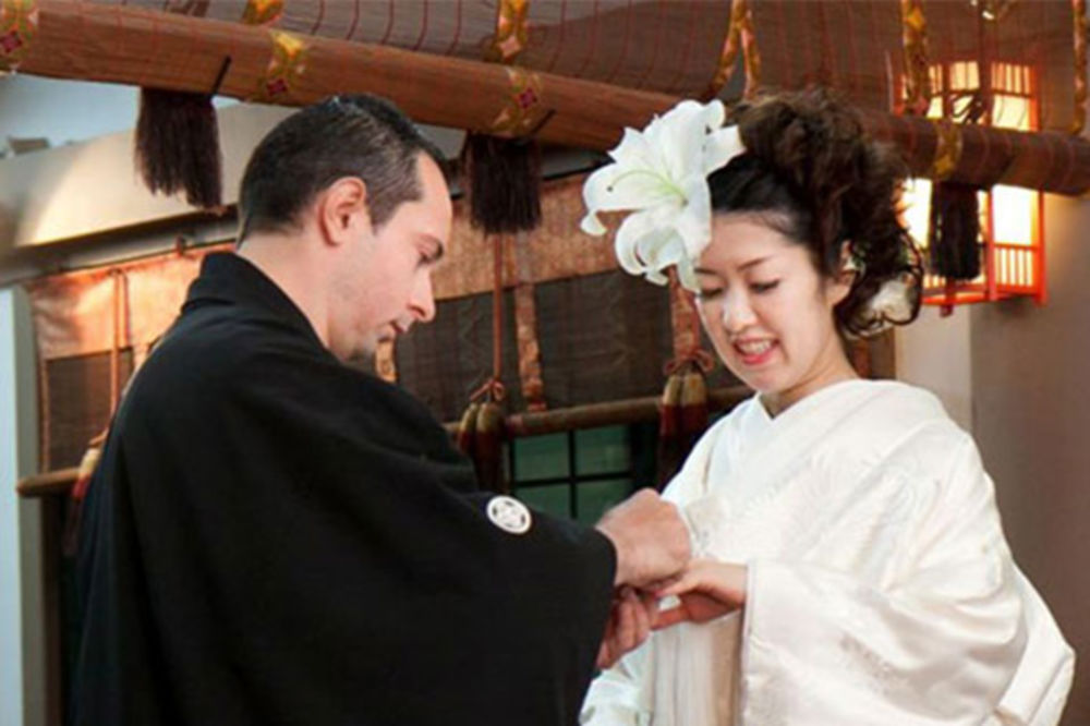 SVE ZA ALEKSANDROVU LJUBAV: Japanka Sajako krstila se u crkvi u Strumici