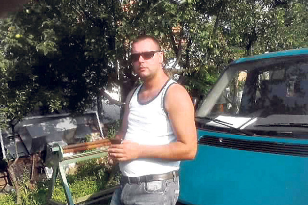 SVIREPO UBISTVO U BAJMOKU: Dragan Đurić tražio da ga oslobode, majka mu se krije od ljudi!