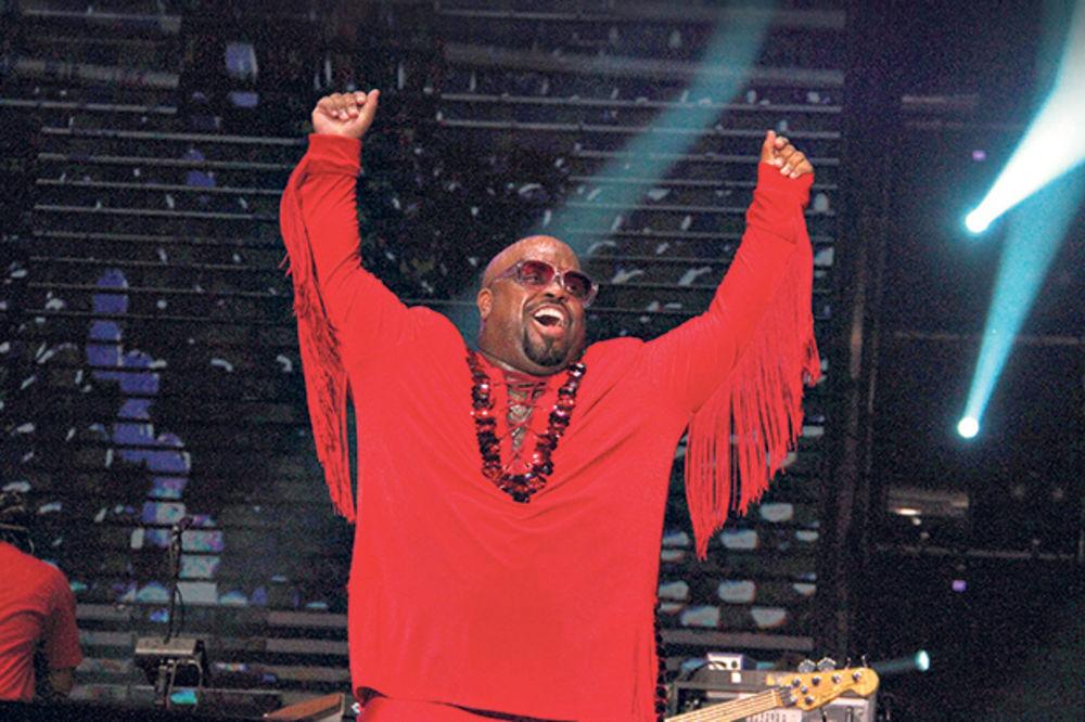 SPEKTAKL NA BIR FESTU: Si Lo Grin pevao sa 80.000 ljudi