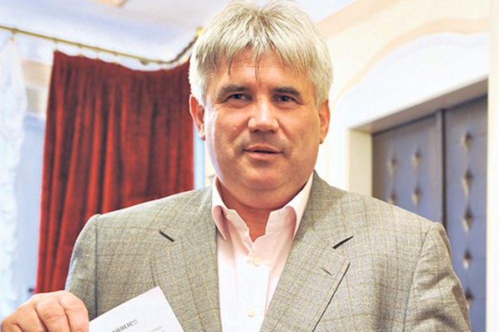 DRŽI JE U ŠACI: Šarićev čovek blokira Agenciju za privatizaciju!