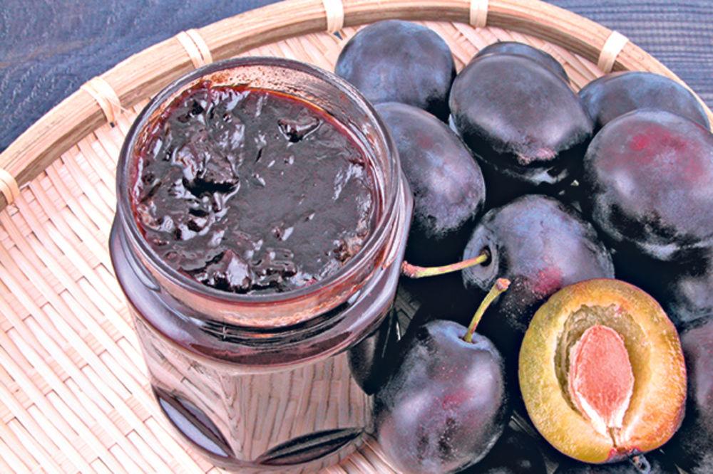 Domaći džem od šljiva sa vanilom i čokoladom