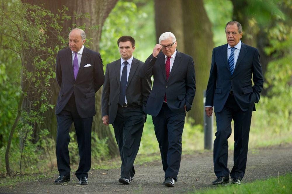 RUSIJA I NEMAČKA: Napredak na razgovorima o Ukrajini, stižu konkretni predlozi