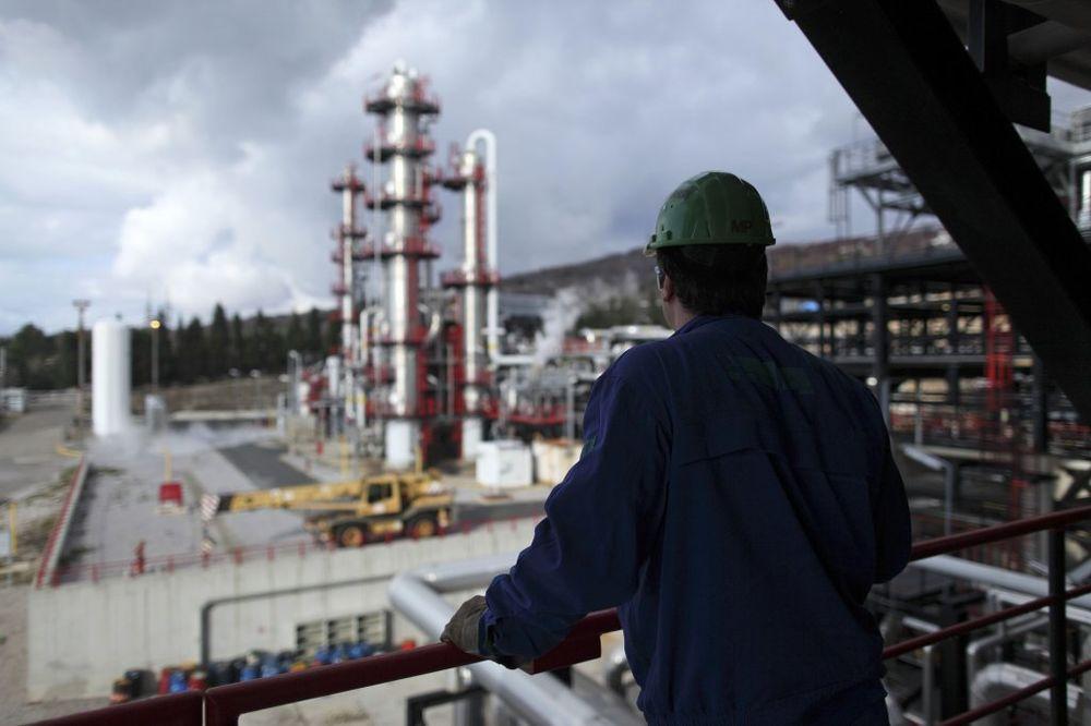 ZAPALILA SE NAFTA: Izbio požar u Ininoj rafineriji kod Rijeke