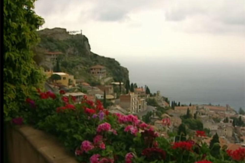 CENA PRAVA SITNICA: Kupite kuću na Siciliji za samo 1 evro