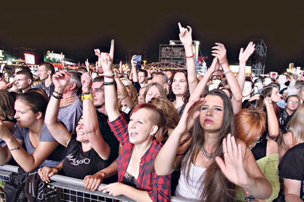PALA ZAVESA: Pola miliona ljudi ove godine posetilo Bir fest