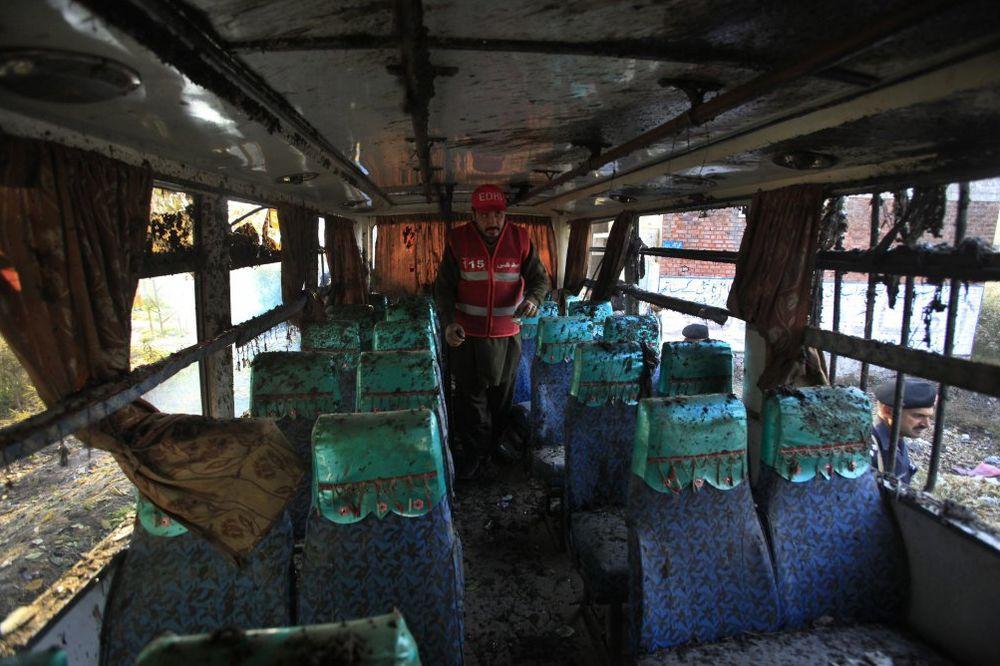 Pakistan: Poginulo petoro kada je školski autobus naleteo na minu