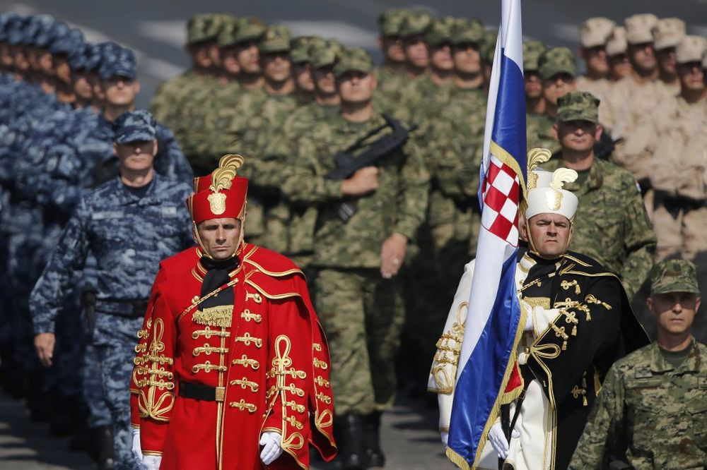 DOJČE VELE: Hrvatska vojska tako zapuštena da ne može da pruži otpor ni jahti Romana Abramoviča