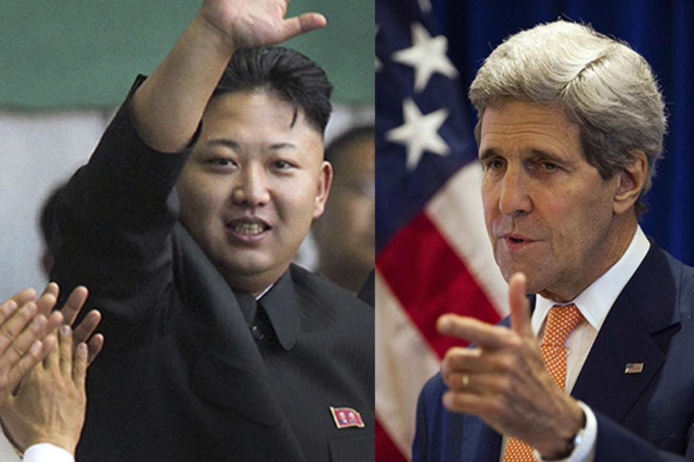 KAO NA PIJACI: Severna Koreja uvredila Džona Kerija na račun fizičkog izgleda