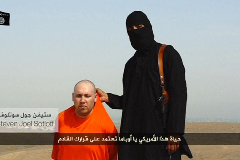 FILIP HAMOND: Izgleda da je Folija zaklao džihadista Britanac