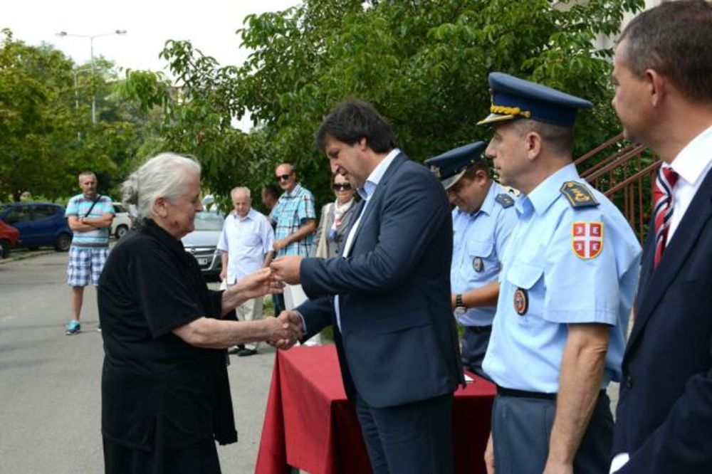 Gašić u Mirijevu: Ključevi 9 stanova za vojne penzionere