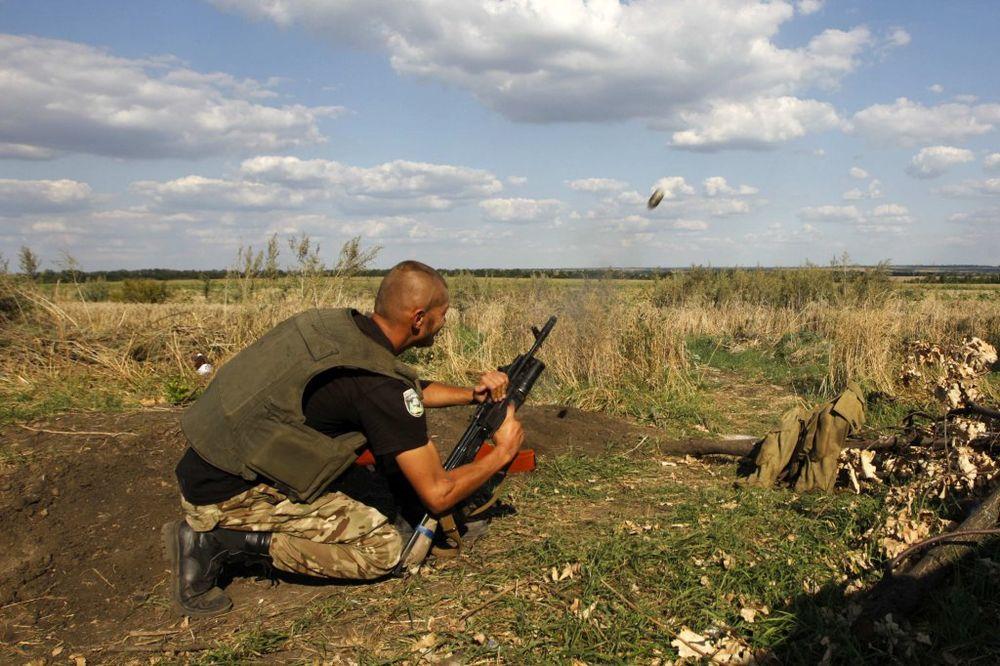 KIJEV: 11 ukrajinskih vojnika nestalo u zasedi na istoku zemlje