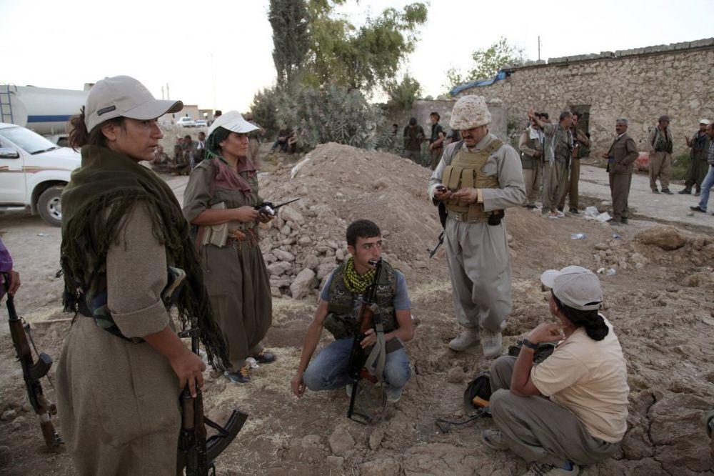 NUŽDA ZAKON MENJA: Kurdski teroristi pomažu Amerikancima u ratu protiv Islamske države