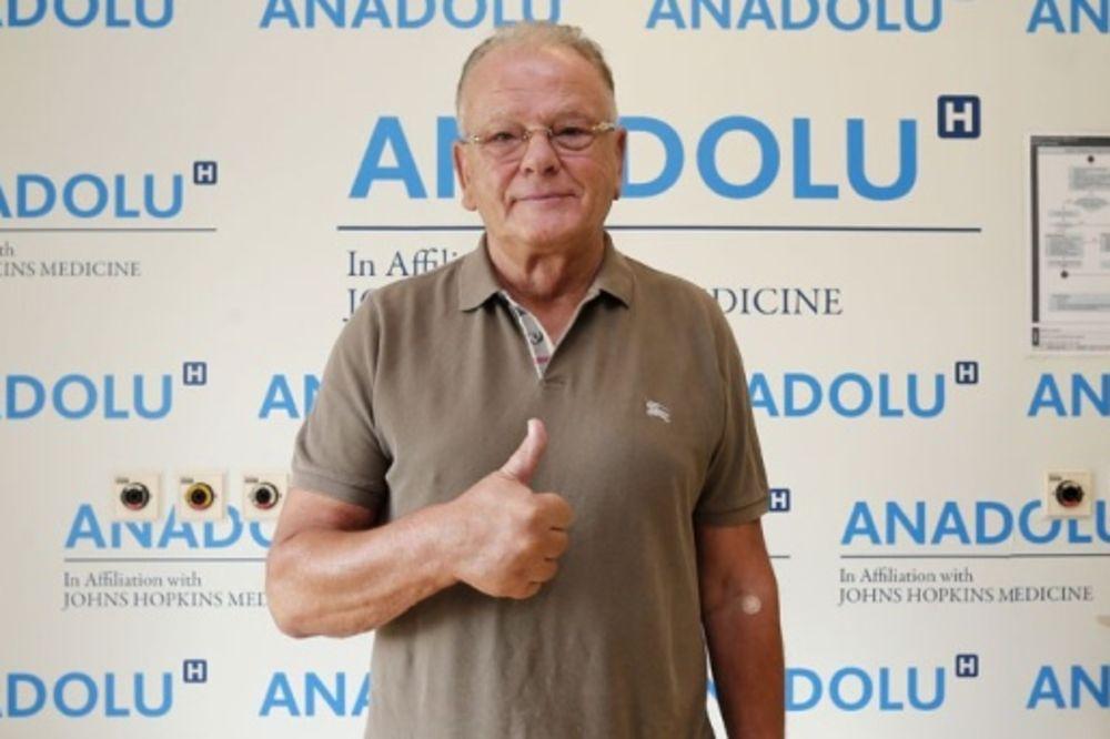 U OSMOJ DECENIJI ZDRAV KO DREN: Lekari Efesa pregledali Dušana Ivkovića