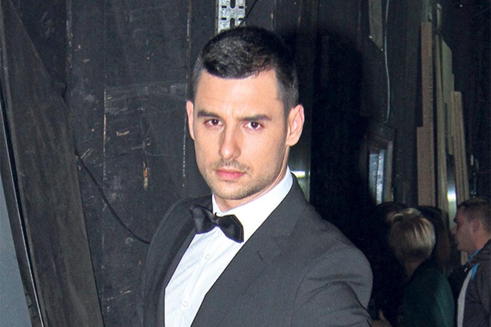 Nemanja Stevanović odveo ženu i ćerku kod roditelja